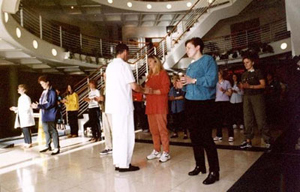 Personal Qigong Tuition. Des Lawton, teaching listening jing at a shibashi instructor course.